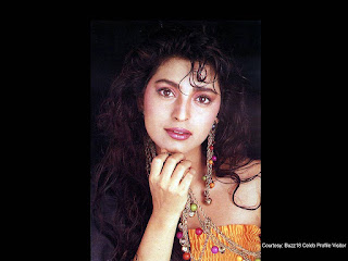 Bollywood Actress Juhi Chawla Wallpapers