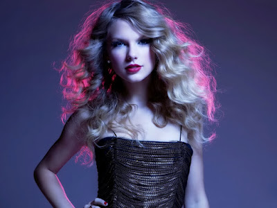 Sexy Singer Taylor Swift Cute Wallpaper
