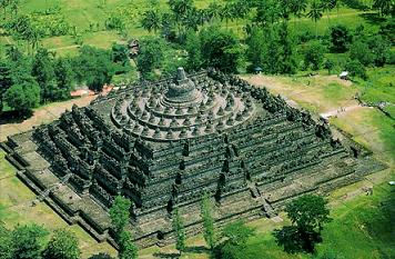 Rekor Guinness Candi Borobudur Indonesia, Candi Terbesar Di Dunia