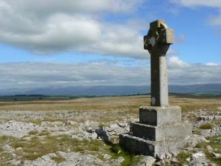 The monument on Beacon Hill with the North Pennines in the background