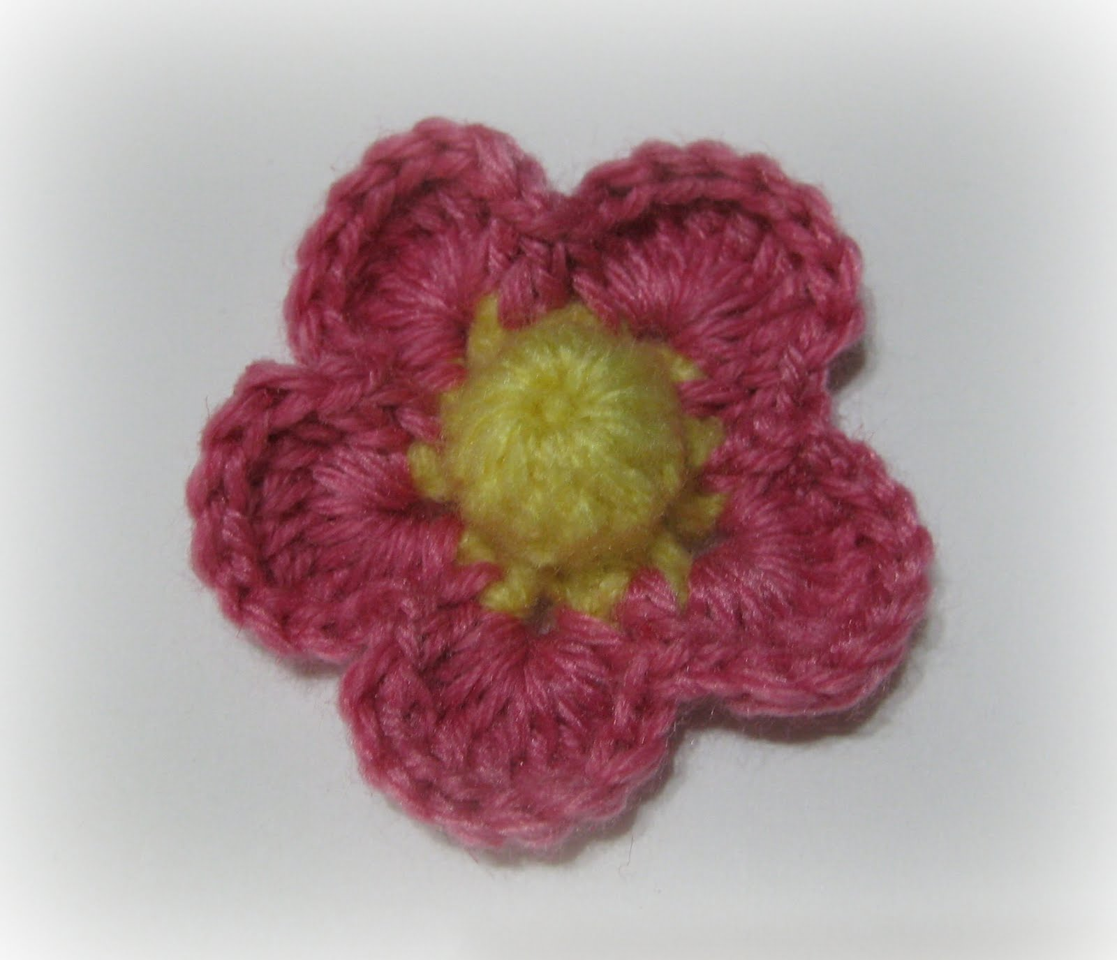 Marigold Pin Crochet Flower Pattern | FaveCrafts.com