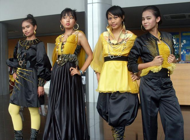 Diploma Fashion Design Uitm