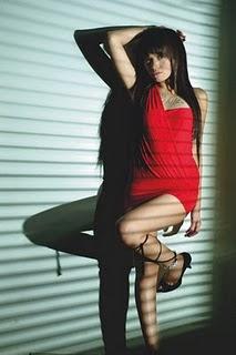 Foto Nikita Mirzani Seksi telanjang dada bugil hot payudara syur nakal