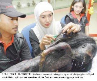 ... : Koleksi Penampakan Semua Foto Hantu Di Indonesia.