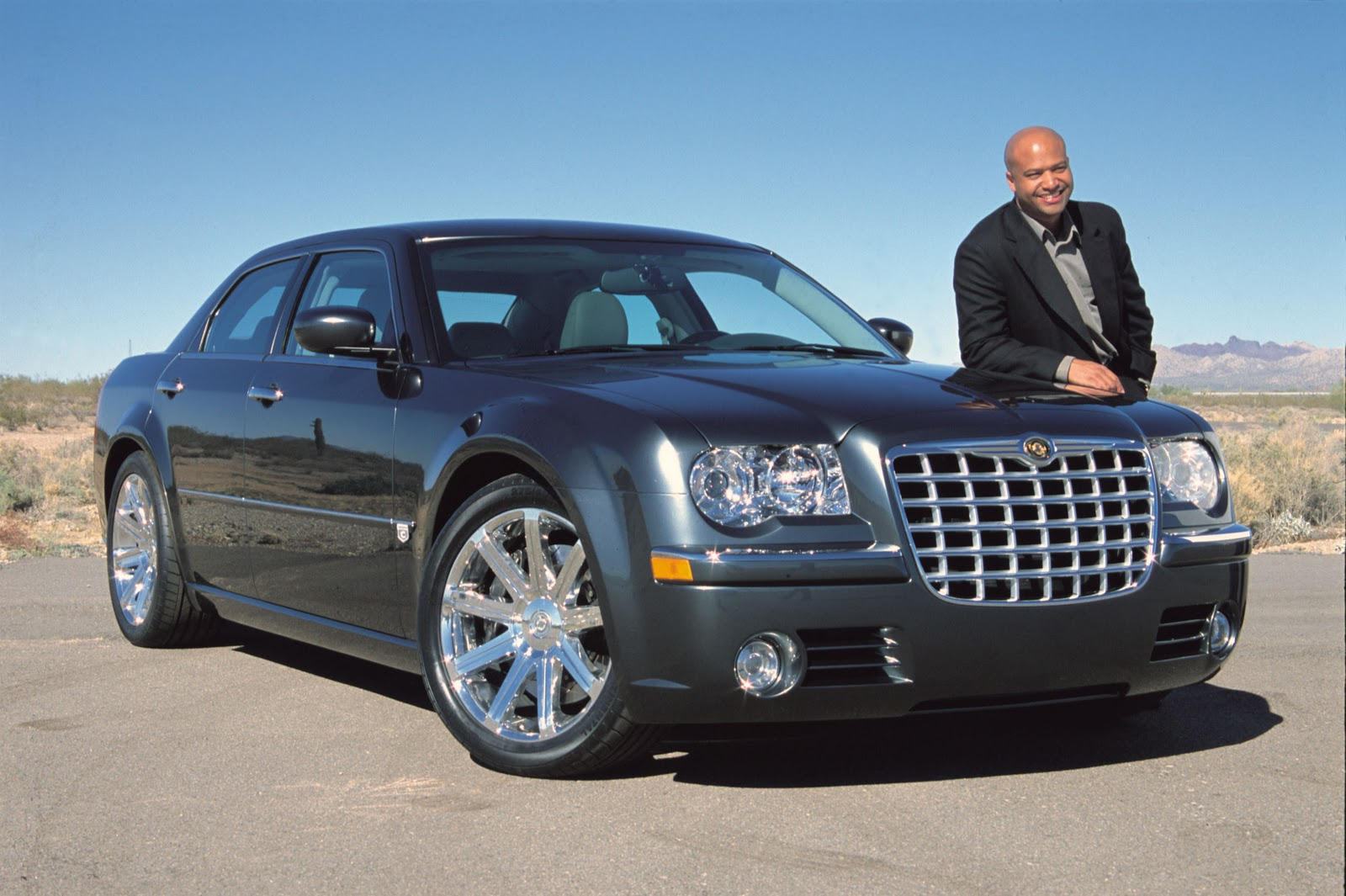 300 Celebrities Sign Chrysler 300 To Raise Funds For ...