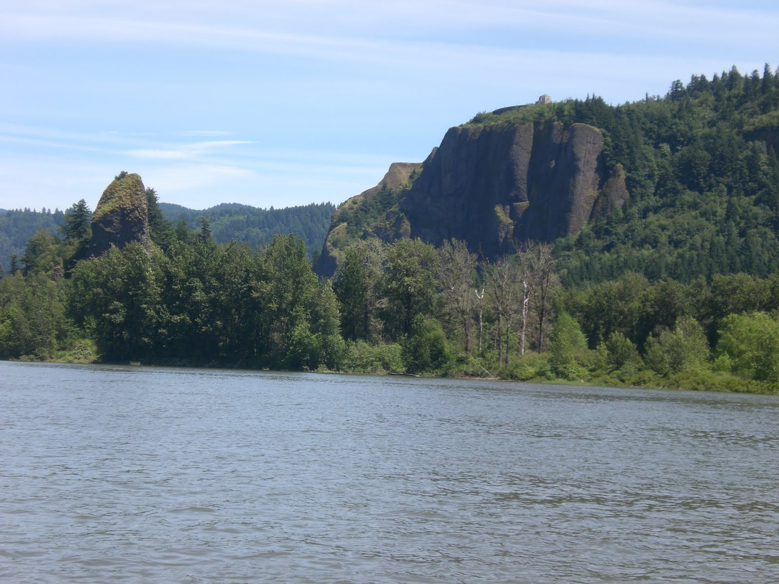 The Adventures Of Shatoosh And Pashmina Hood River To