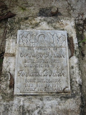 Tombstone of Cornezo and Fernanda Ambe