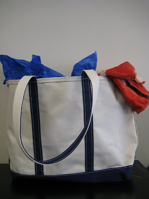 Reader Giveaway - Win a Summer Tote Filled with Olay, Venus and Secret Products!