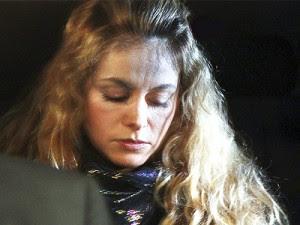 Paulina Rubio hace terapias contra la depresión.