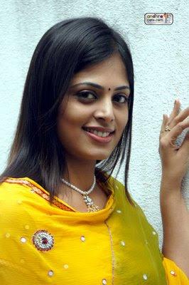 Sindhu Menon Hot Sexy Tollywood Actress
