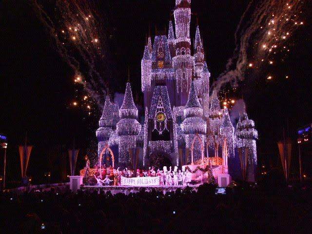 walt disney world castle christmas. Walt Disney World at Christmas