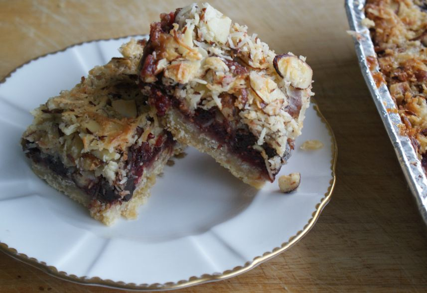 Sweet sweet Friday: We Should Cocoa – Raspberry Choc Nut Bars