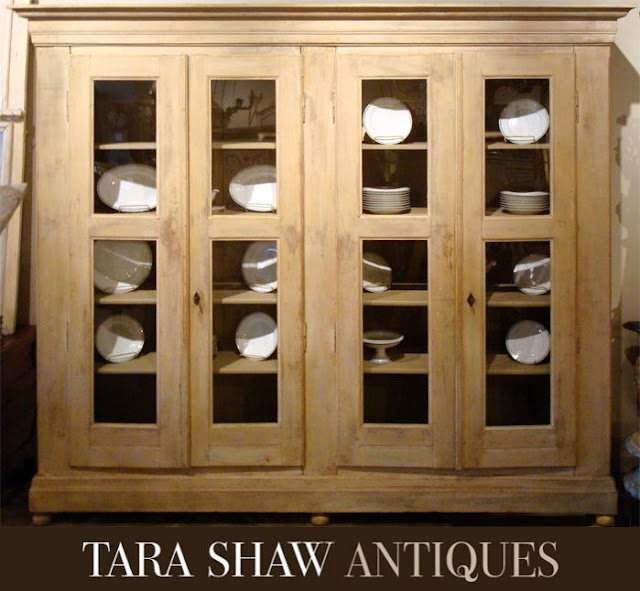 Image via Tara Shaw Antiques, edited by lb for linenandlavender.net