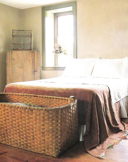 The Peaceful Home via Country Living, bedroom edited by lb for linenandlavender.net