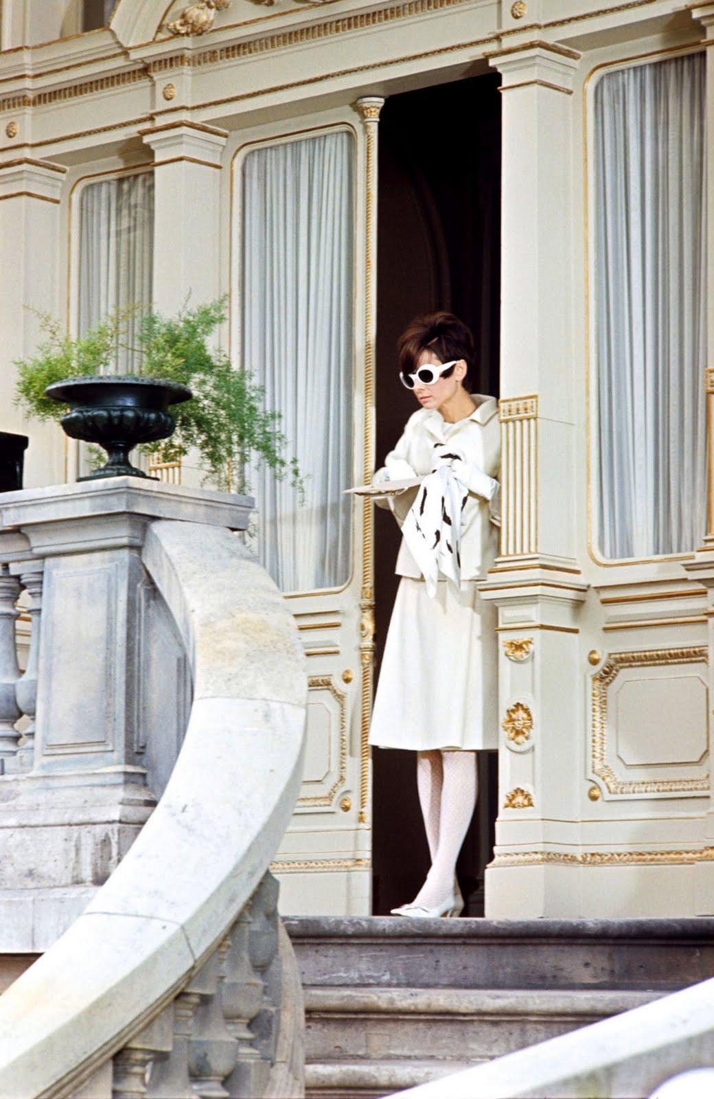 http://3.bp.blogspot.com/_nSEgHGP_SGg/TAHRruA5PXI/AAAAAAAACXQ/xdE9eIy0Nl0/s1600/Annex+-+Hepburn,+Audrey+(How+to+Steal+a+Million)_12.jpg