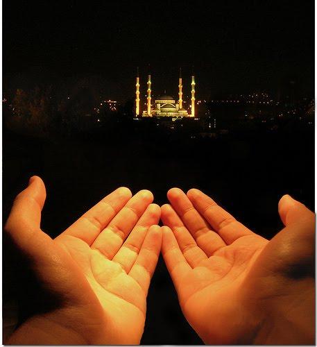 http://3.bp.blogspot.com/_nSRpgTieI-8/TMex6qsnqHI/AAAAAAAAAWg/f3eeS6o0DWU/s1600/berdoa.jpg