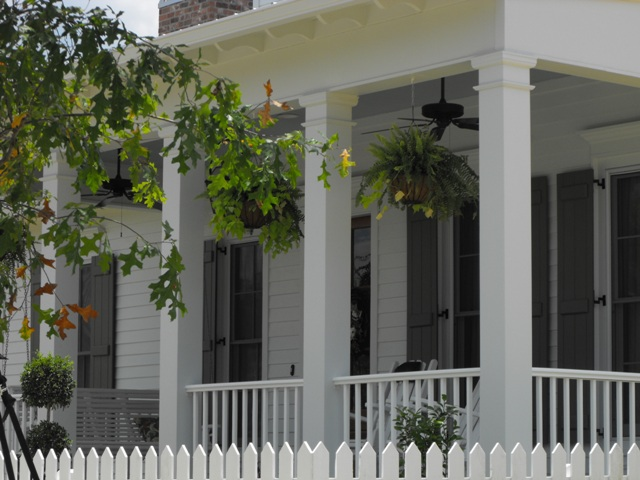 Susie harris southern porches for Southern homes with porches