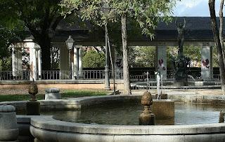 Jardines secretos de madrid el jardin de las vistillas for El jardin de los secretos