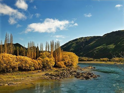 Clutha River at Beaumont