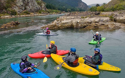 Kayak Training on the Clutha River, Beaumont