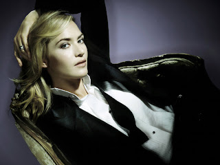 Hollywood popular and sexy female celebrity Kate Winslet-Wins Oscar 2009 Best Actress Award for  'The Reader'