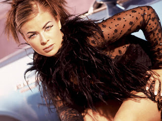 glamor model and actress Carmen Electra