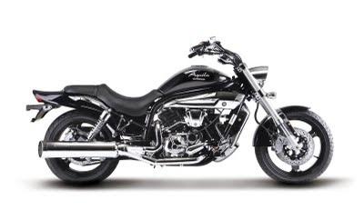 motorcycles Hyosung GV650 Aquila