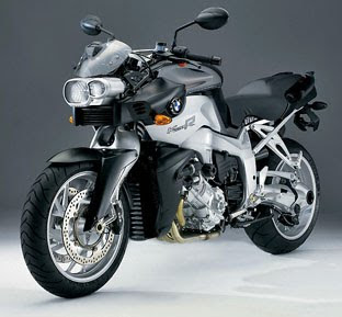 motorcycle BMW K1200S
