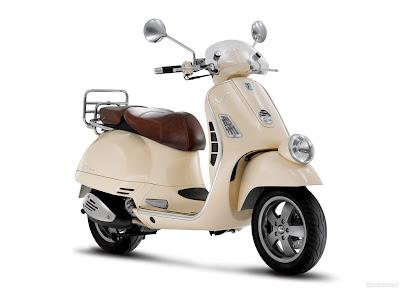 scooter motor Vespa GTV LXV 250