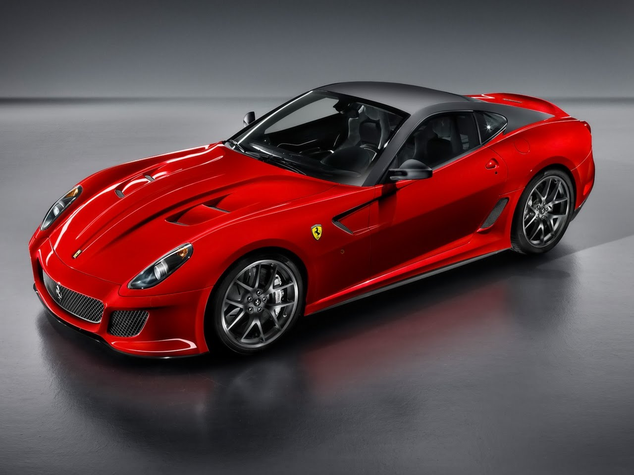 Luxury Car Wallpapers: 2010 Ferrari 599 GTO