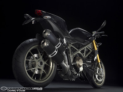 Wallpaper Ducati Streetfighter motorcycle
