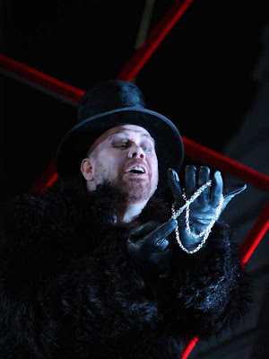 Alan Held in The Flying Dutchman, Washington National Opera, 2008, photo by Karin Cooper