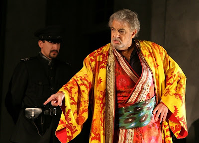 Plácido Domingo (Bajazet) in Tamerlano, Washington National Opera, 2008 (photo by Karin Cooper)