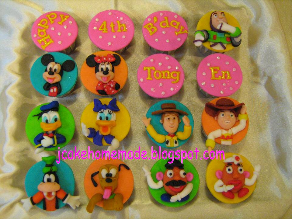 minnie mouse cupcakes. +and+minnie+mouse+cupcakes