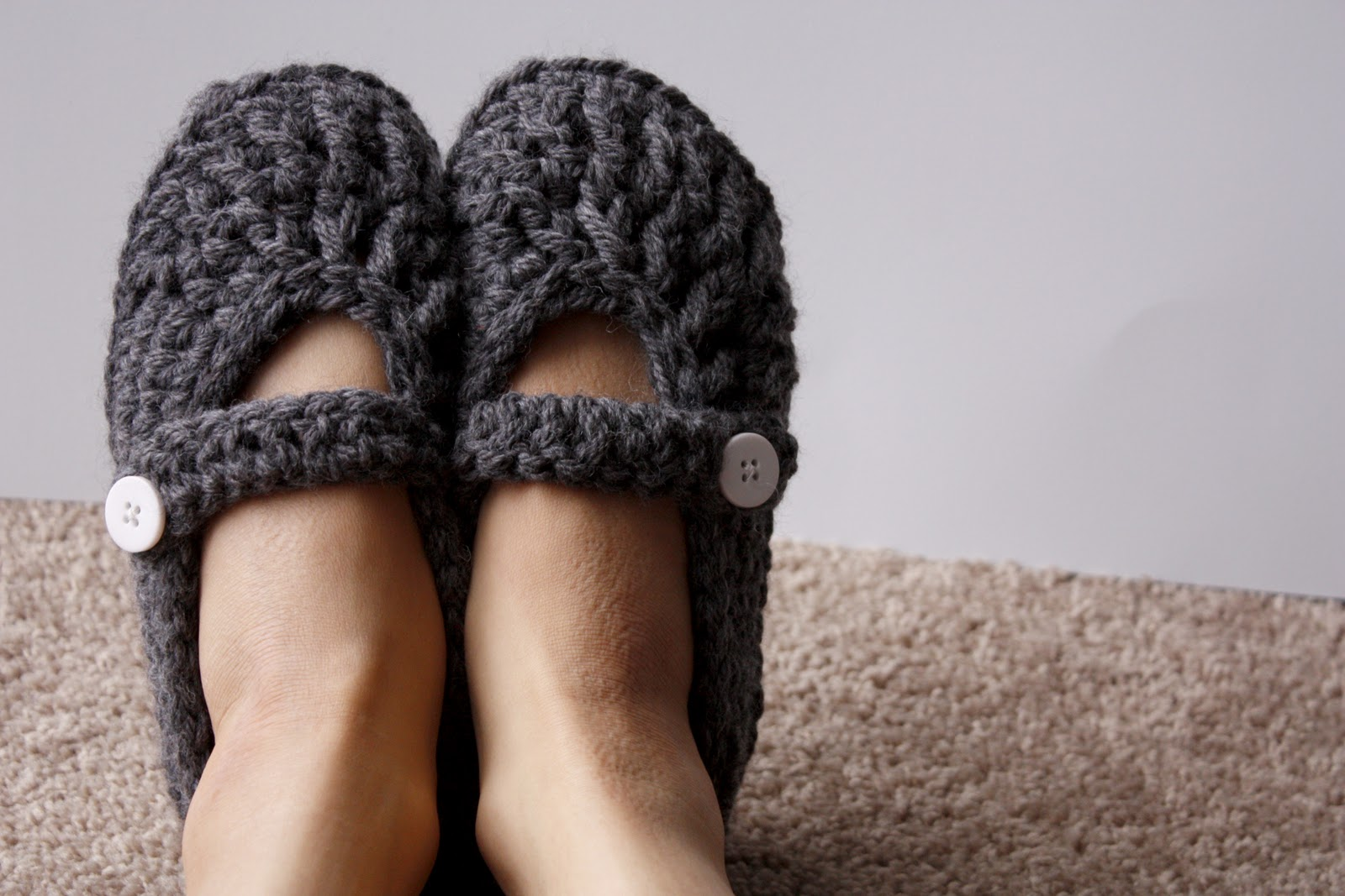 Crochet Patterns Slippers : Crochet slipper patterns including mary jane slippers, moccasin ...