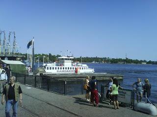 Fett coolt med båt.