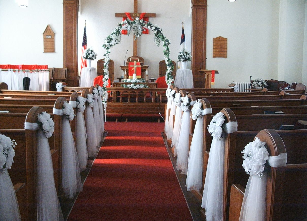 Wedding decor for church for Altar wedding decoration
