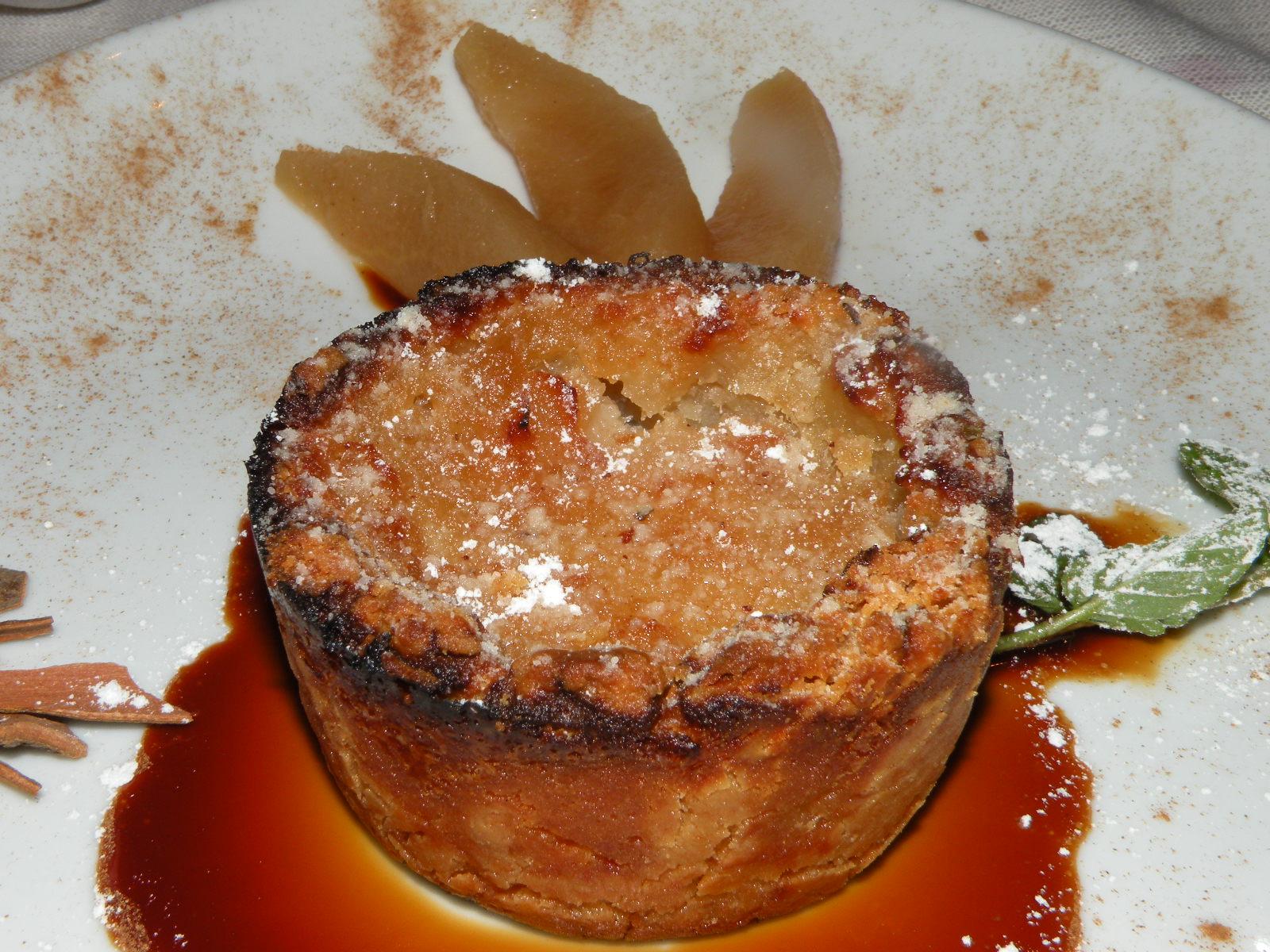 For dessert: Tortino al Forno con Frangipane e Mele su mosto cotto ...