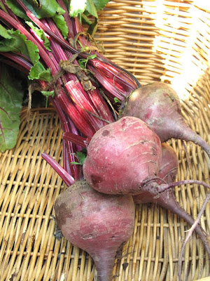beetroot in basket