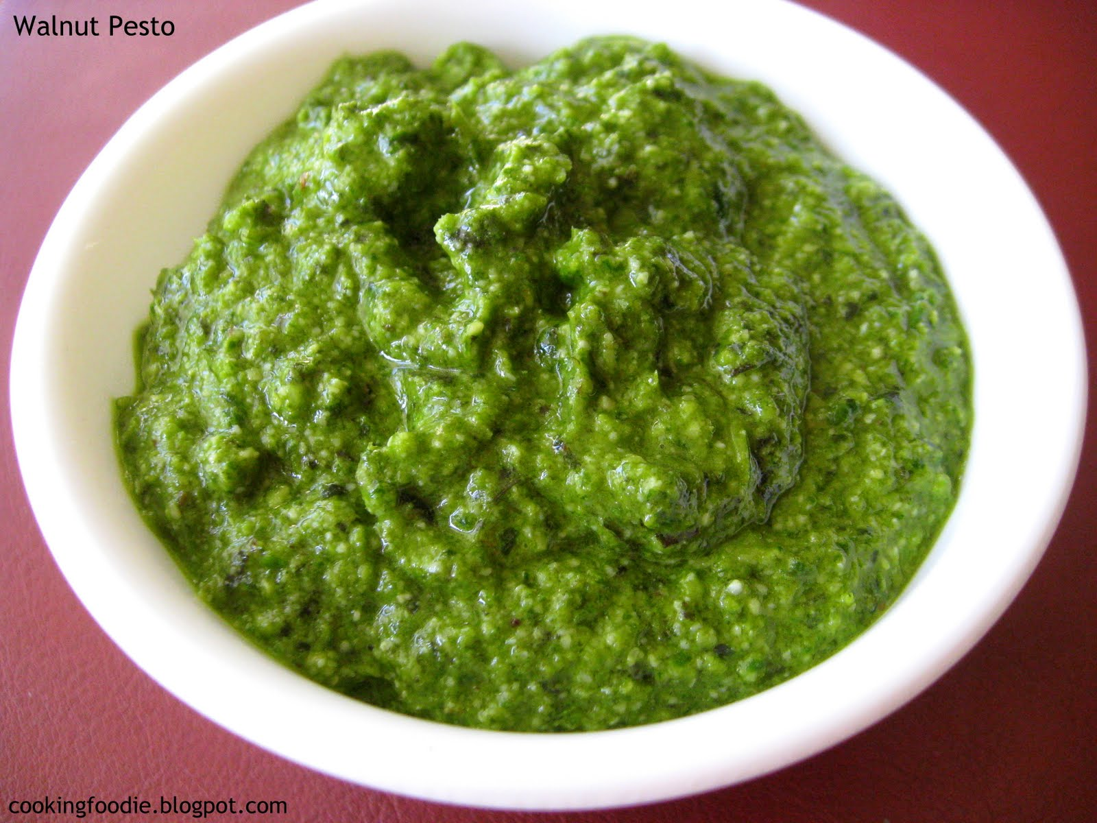 365 days of Eating: Walnut Pesto