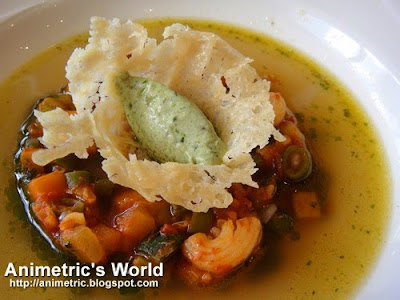 Minestrone soup at Restaurant Verbena in Discovery Country Suites