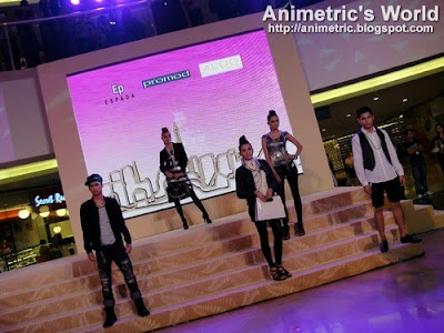Fashion show at the Mega Atrium, SM Megamall