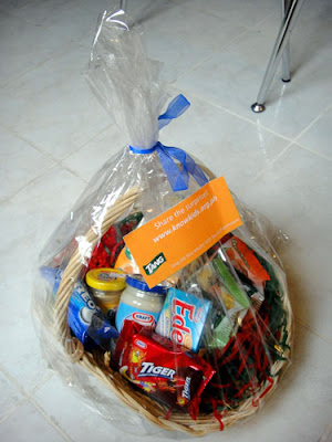 Special gift basket from Tang