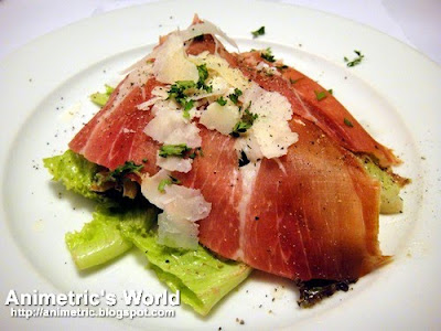 Caesar's Salad with Parmesan Shavings and Parma Ham at Je Suis Gourmand