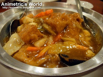 Braised Seafood with Beancurd in Pot at Lutong Macau