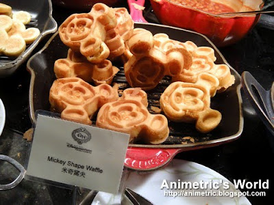 Mickey Mouse Waffles at Enchanted Garden, Hong Kong Disneyland Hotel