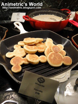 Mickey Mouse Pancakes at Enchanted Garden, Hong Kong Disneyland Hotel