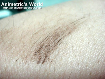 A swatch of Rich Brown