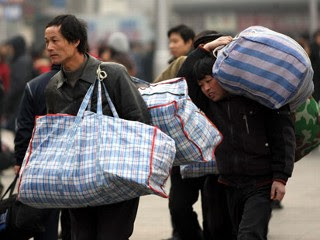 migrant_workers_china_090202_mn_ap