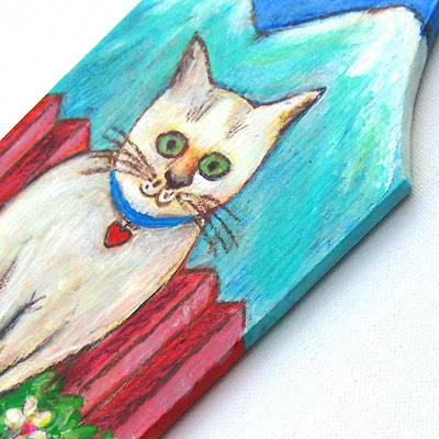 The white Cat Cutting Board